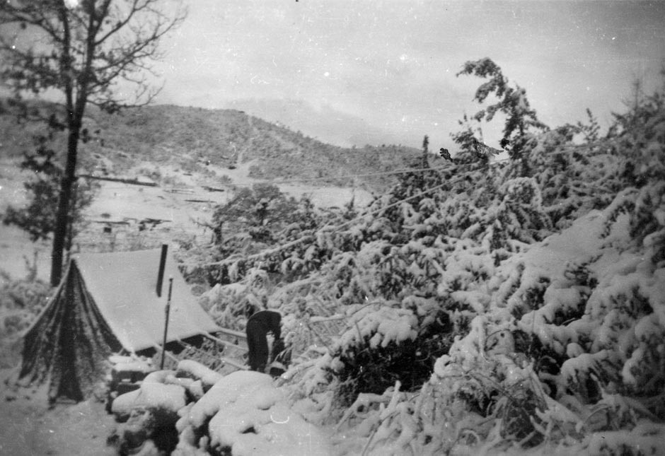 & Tents in Korea | NZHistory New Zealand history online