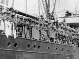 Māori soldiers sail to war
