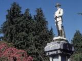 West Coast memorials