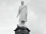 Māui Pōmare memorial unveiled