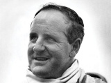 Denny Hulme wins Formula One title
