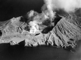 Eruption on White Island kills 10 people
