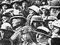 Dunedin recruiting crowd, 1916