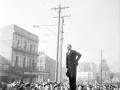 Tommy Wells addressing waterside workers, 1951