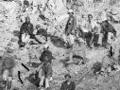 Māori Hauhau prisoners on Napier foreshore, 1866