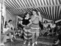 US Marine learns Māori dancing