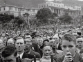 VE Day crowds at Parliament