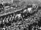 100,000 welcome home HMS <em>Achilles</em> crew