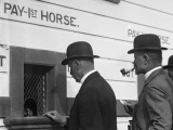 Bookies take last bets on New Zealand racecourses