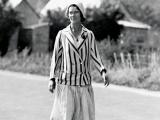 Long-distance walker Esther James reaches Bluff